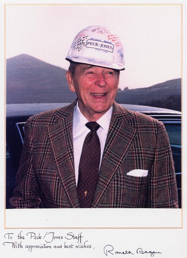 Reagan Photograph With Signature