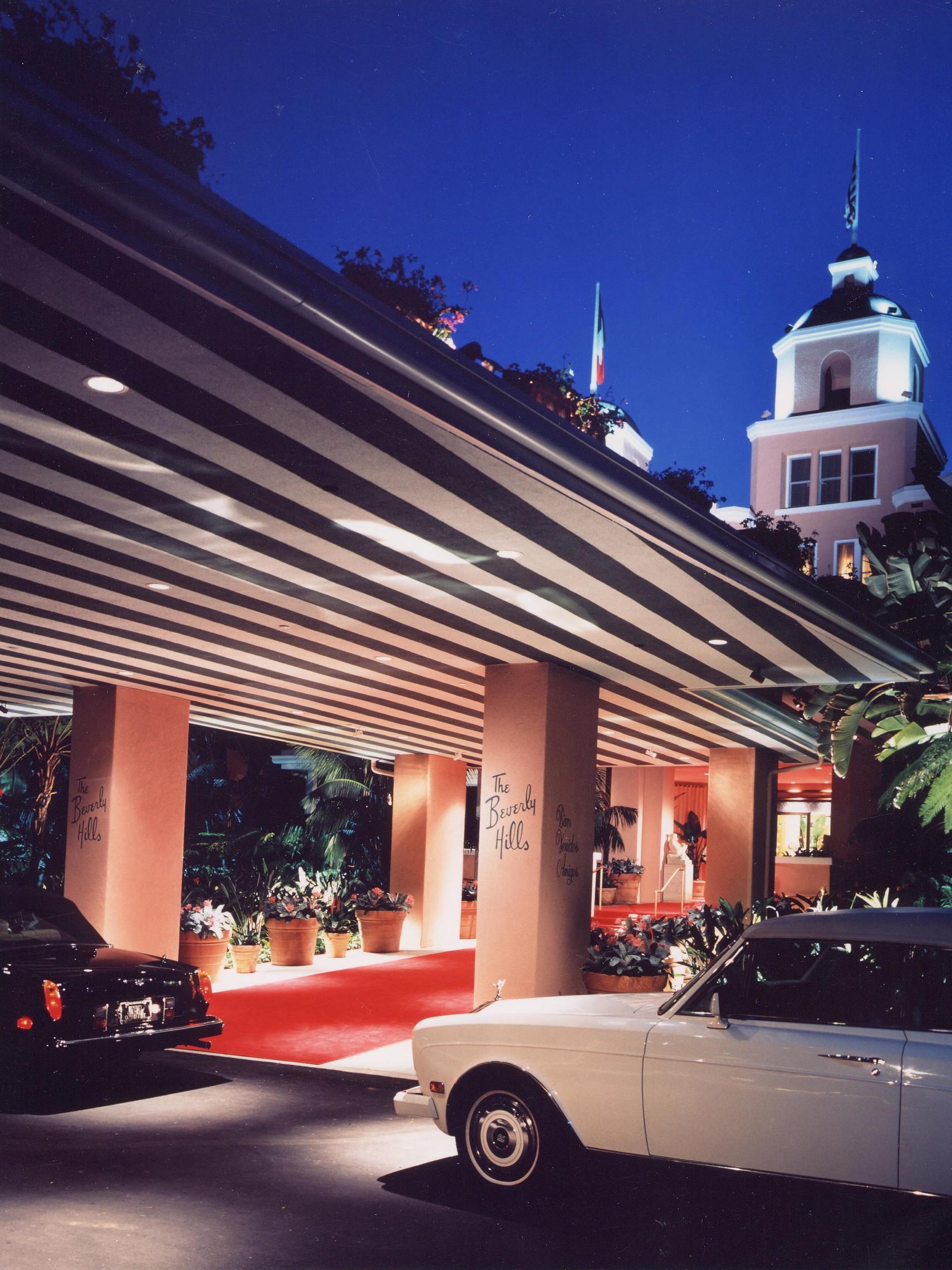 Beverly Hills Hotel   Carport