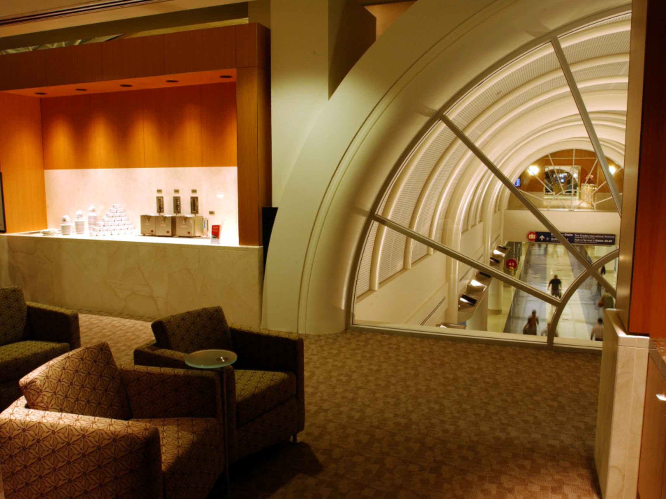 Aal Admirals Club Lounge North 1100x716